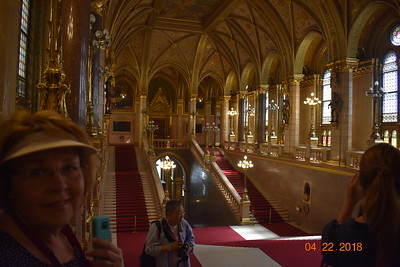 "Day9: Tour ""A Taste of Budapest"" + Parliament"