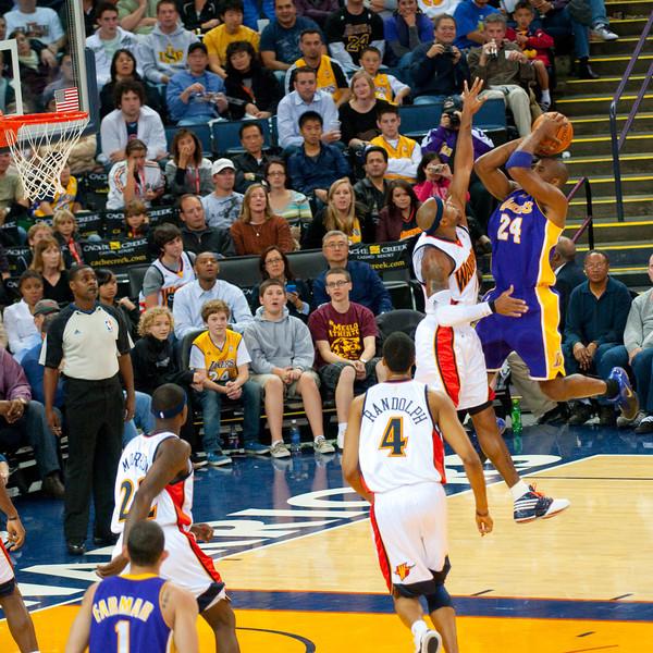Kobe Bryant goes big
