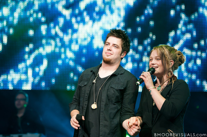 Lee DeWyze and Crystal Bowersox perform during the American Idol Live! Tour at St. Pete Times Forum in Tampa, Florida on August 4, 2010.