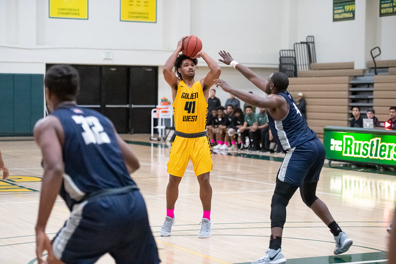 Basketball-M-2020-01-31-8151.jpg