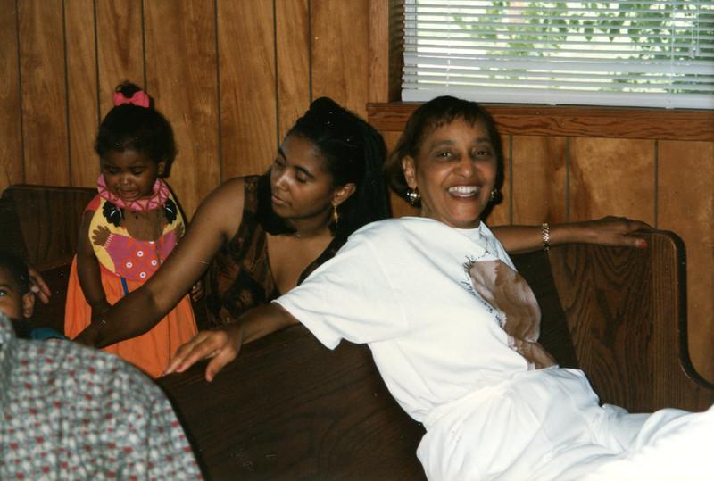 barbara anita and daughter279.jpg