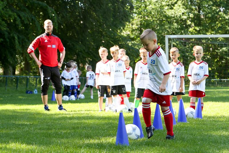 hsv_fussballschule-096_48047949326_o.jpg