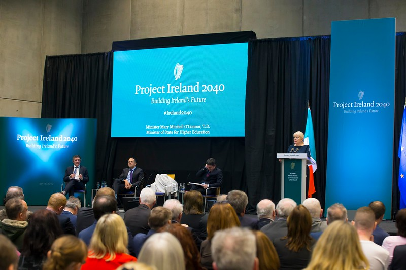 """12/03/2018. Project Ireland 2040. An Taoiseach Leo Varadkar at The Waterford Institute of Technology Arena to present """"Project Ireland 2040"""". Picture: Patrick Browne"""