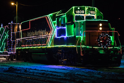 Santa Parade & Christmas Train 2016