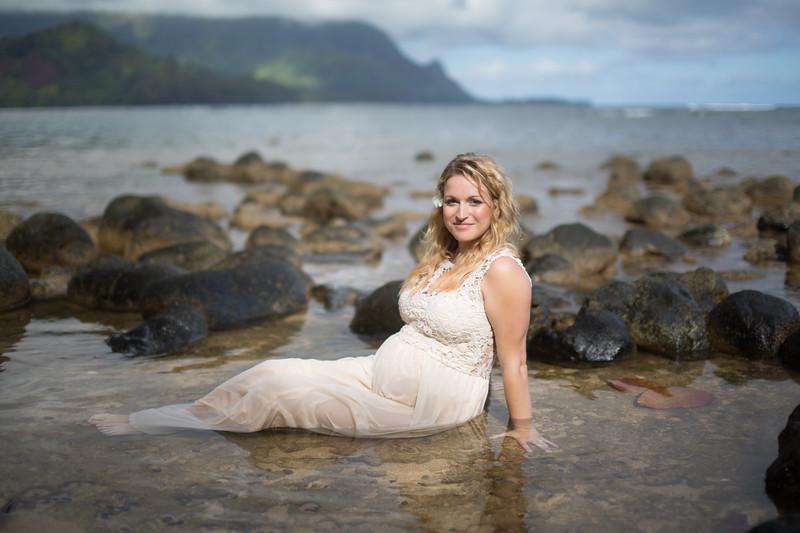 Kauai maternity photography-79.jpg