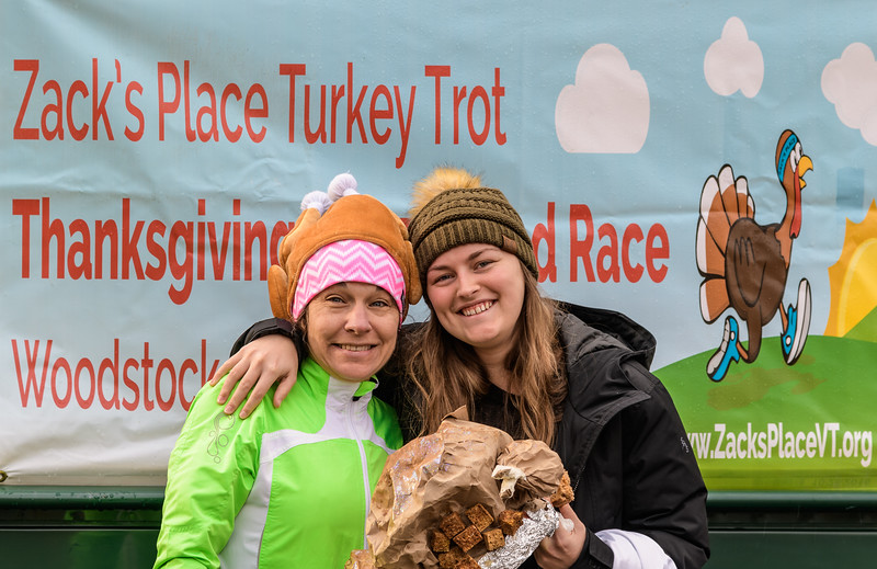 2019 Zack's Place Turkey Trot -_8507754.jpg