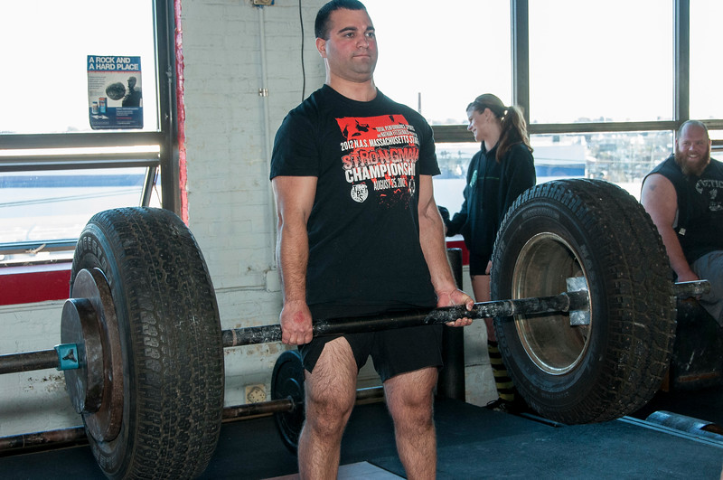 Strongman Saturday 11-10-2012 (Deadlift)_ERF0488.jpg
