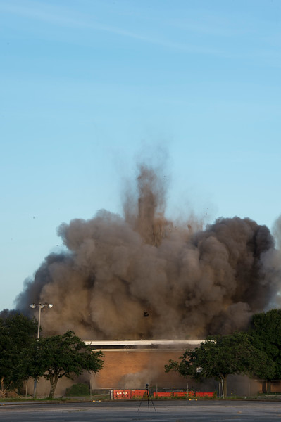 Skyscraper Bank Building Implosion_025.jpg