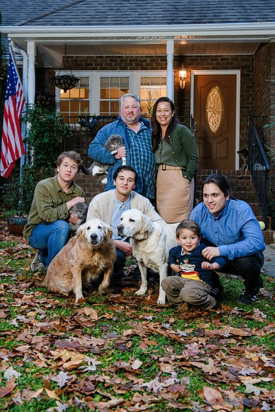 2019-11-27 Amy & Virgil's Family Portrait Session