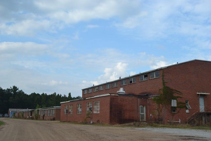 020-abandoned-school_14654447277_o.jpg