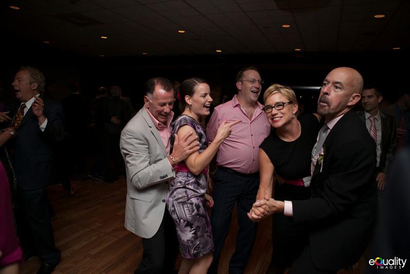 Michael_Ron_8 Dancing & Party_056_0632.jpg