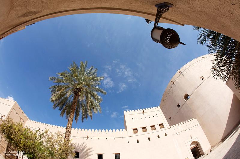 Nizwa fort 4- Oman.jpg