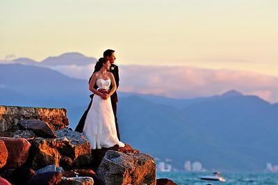 Puerto Vallarta Wedding Photography by international Award Winning Photographer Andres Barria Davison