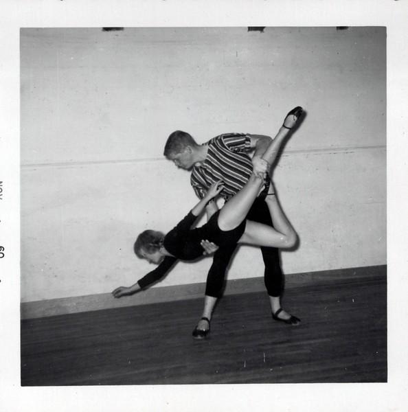 Dance_2981_a.jpg