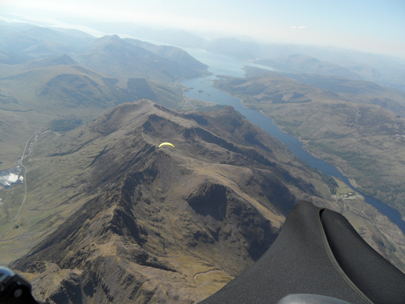 Yellow glider struggled then got onto the ridge.