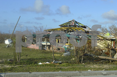 as-irma-spins-cuba-evacuates-floridians-empty-stores