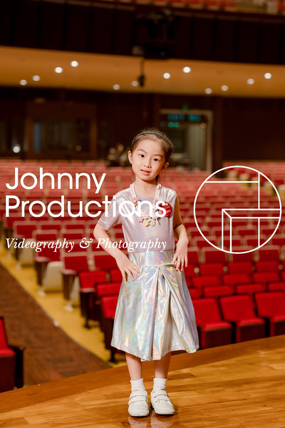0028_day 1_orange & green shield portraits_red show 2019_johnnyproductions.jpg