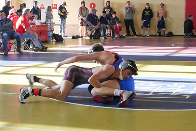 171209 WOODCREEK WRESTLERS AT OAKDALE TOURNAMENT