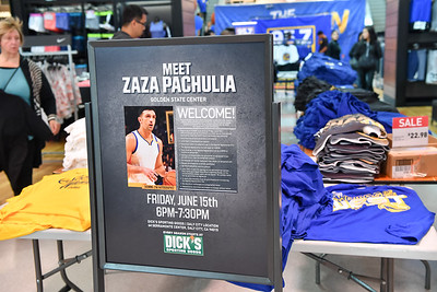 Zaza Pachulia Appearance @ Dick's Sporting Goods
