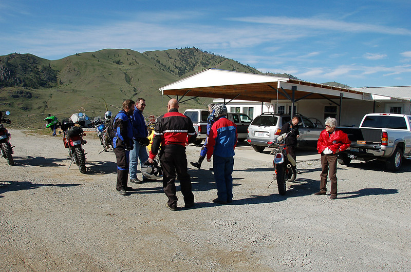 Gathering riders in Chelan