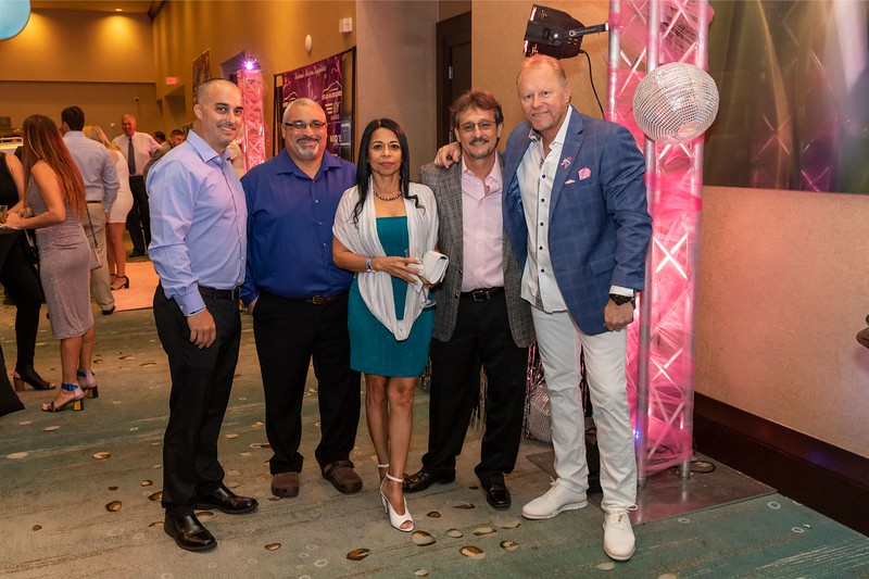 2019_11_Yachtail_Party_00069.jpg