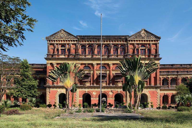 Abandoned Ministers' Building (formerly The Secretariat), Yangon (Rangoon), Burma (Myanmar)