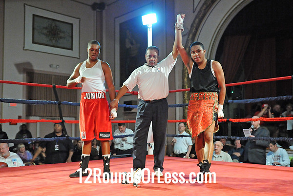 Bout 8 Rajiv Mitchell, Empire BC(Cleve) vs Jr. McElrath, Good Shephard(Akron) 145lbs-Open