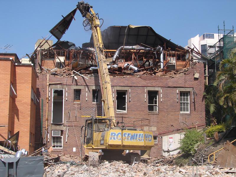 Chaplin Building demolition 015.jpg