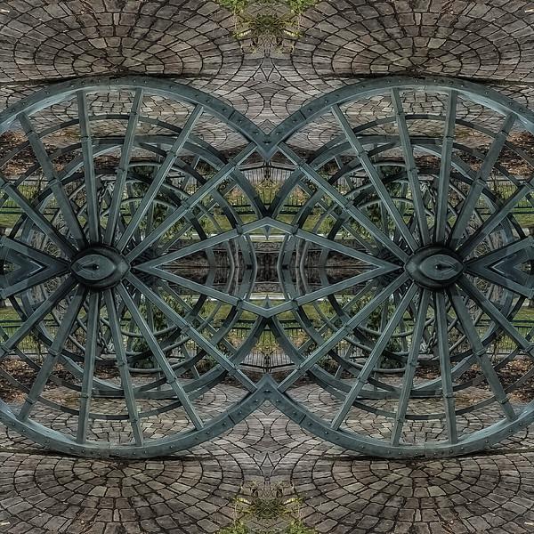 Mirror16-0014 16x16.jpg