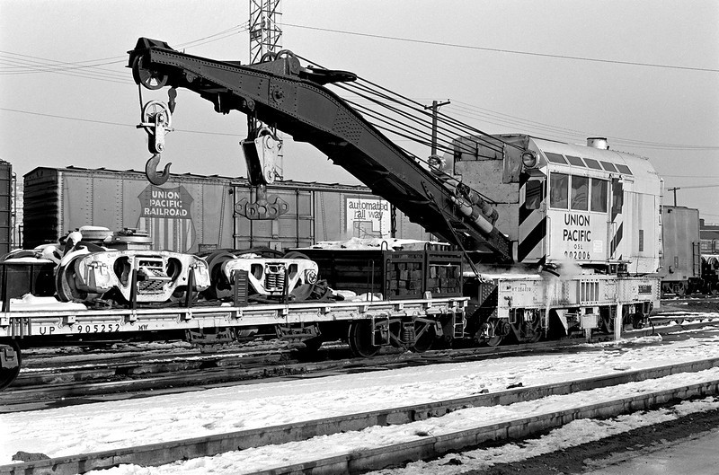 UP (OSL) 902006, Salt Lake City Derrick, February 7, 1976. <i>(James Belmont Photo)</i>