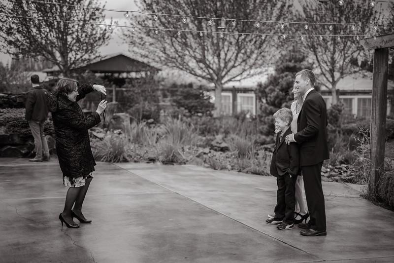 Seattle Wedding Photographer-660.jpg