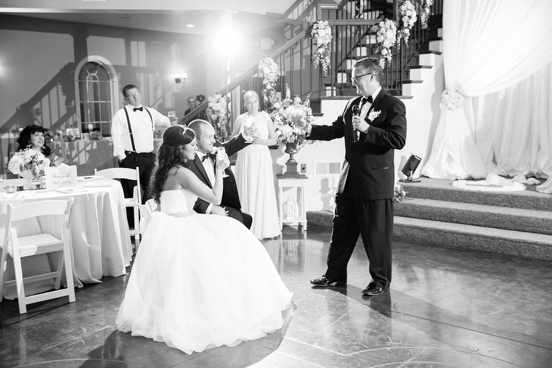 0937_Josh+Lindsey_WeddingBW.jpg