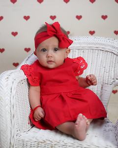 Benitez Valentine Mini