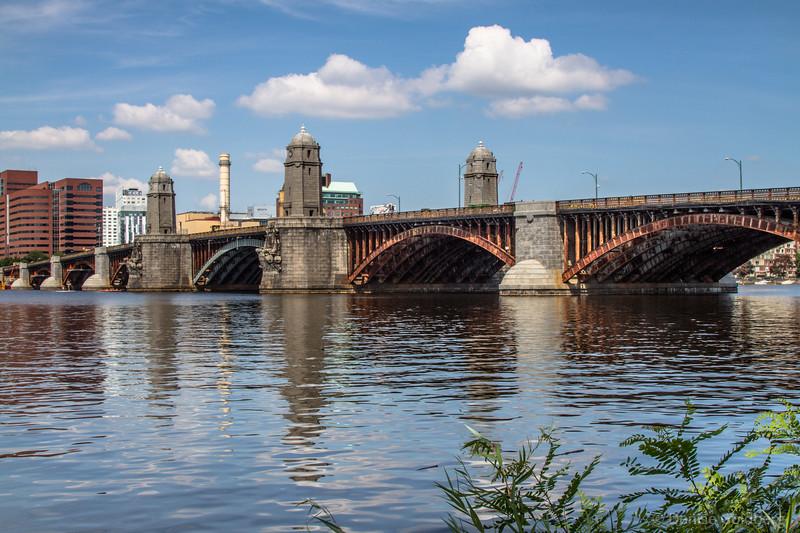 Longfellow Bridge > a walk in Boston