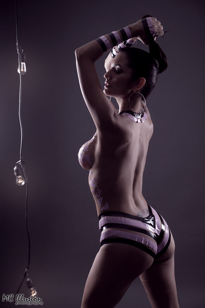 2015 10 25_Ivy Black Tape Project Pink_5008a1.jpg