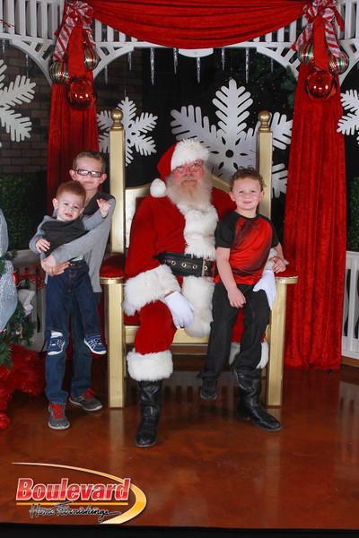 Santa 12-17-16-358.jpg