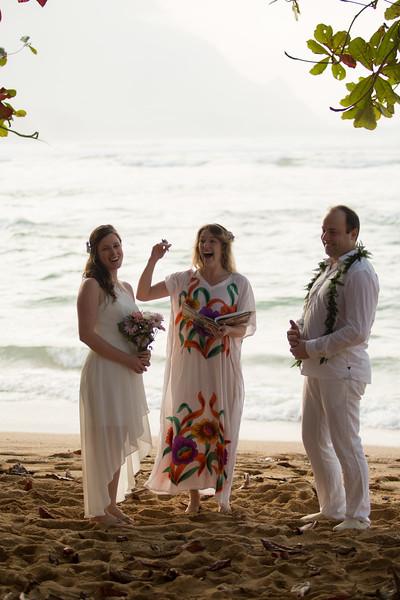 natasha-boris-kauai-wedding-28.jpg