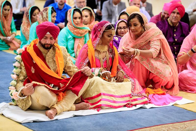 Neelam_and_Matt_Gurdwara_Wedding-1486.jpg