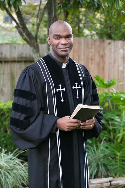 Pastor Moore-6029.jpg