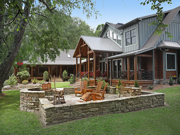 676 Toccoa River Forest Dr