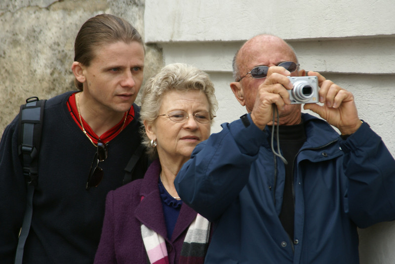 MHF, his mom and dad working together to get the perfect shot.