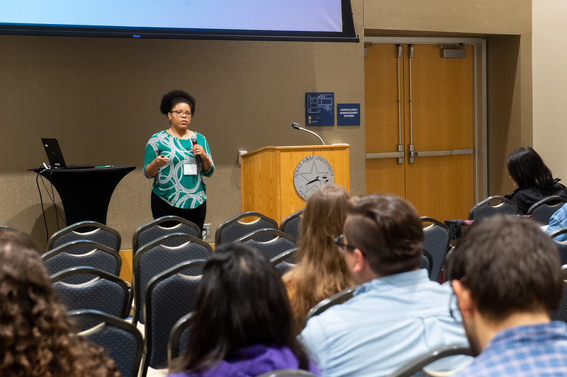 2018_1109-icroBiology-Conference-1773.jpg