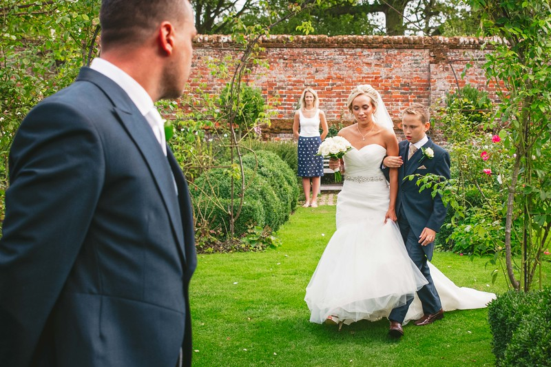 Top 5 Things That Can Ruin Your Wedding Photos