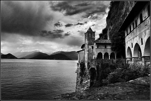 Eremo di Santa Caterina del Sasso (Lago Maggiore - Varese)