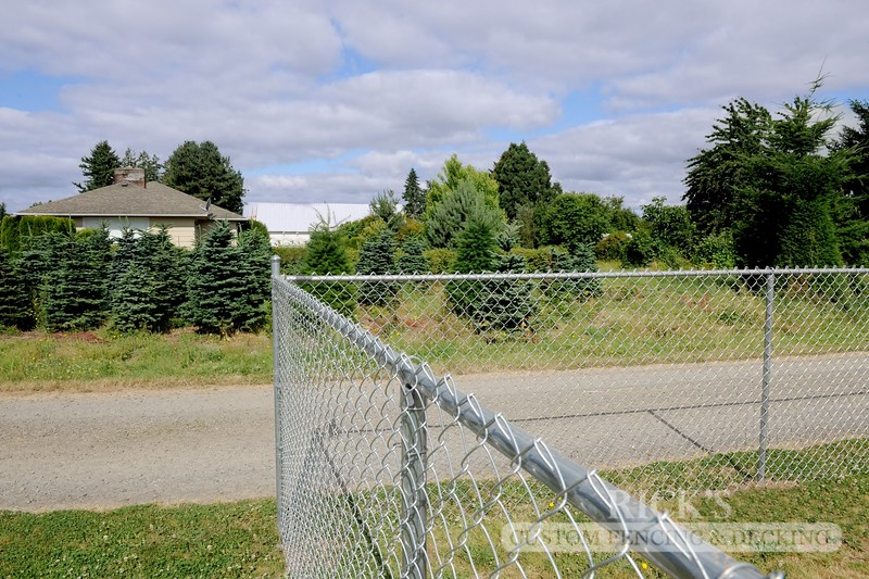 4123 - Galvanized Chain Link Fencing