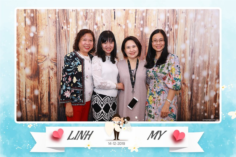 Linh-My-wedding-instant-print-photo-booth-in-Ha-Noi-Chup-anh-in-hnh-lay-ngay-Tiec-cuoi-tai-Ha-noi-WefieBox-photobooth-hanoi-126.jpg