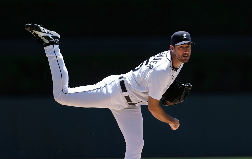 . Detroit Tigers pitcher Justin Verlander throws a warmup pitch against the Toronto Blue Jays in the first inning of a baseball game in Detroit, Thursday, June 5, 2014. (AP Photo/Paul Sancya)