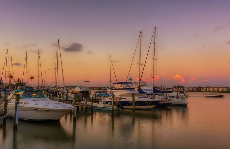 20120510_Naples_Harbor_0023_HDR-Edit.jpg