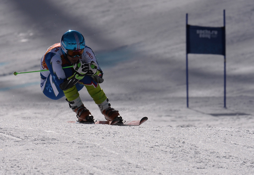 . Slovenia\'s Zan Kranjec competes during the Men\'s Alpine Skiing Giant Slalom Run 2 at the Rosa Khutor Alpine Center during the Sochi Winter Olympics on February 19, 2014.     AFP PHOTO / DIMITAR  DILKOFF/AFP/Getty Images