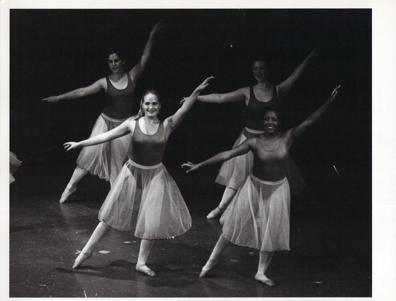 Dance_1152_a.jpg